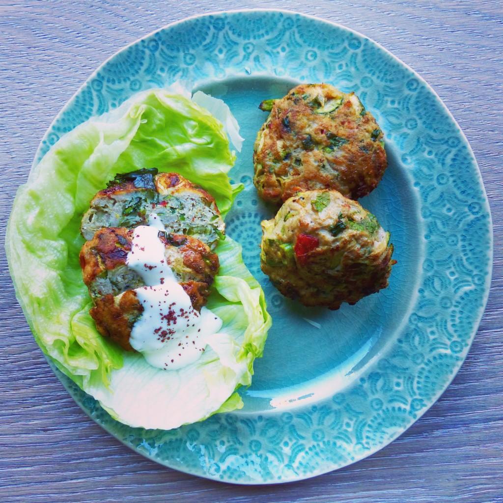Moroccan turkey burgers with lemon yoghurt dressing